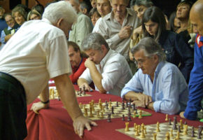 About to be crushed by Boris Spassky, Mantua, September 2007